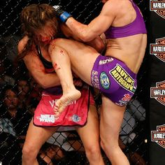 Tate Eating knees from Cat Zingano