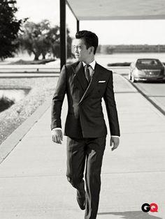 I'd marry John Cho so quick it'd make your head spin! Beautiful Boys, Beautiful People, Suit Guide, Shu Qi, John Cho, Bob Harper, Abc Tv Shows, Portia De Rossi, Jon Bernthal