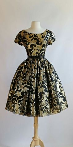Vintage 1950's Suzy Perette Party Dress.
