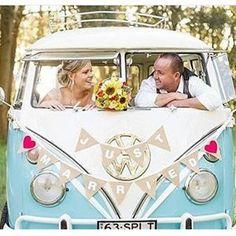 Inspiração de ensaio com kombi que vi no @noivaseideias Muito lindinho. #diariodanoiva_ba #ensaio #ensaiodosnoivos #kombi#casal#casamentonocampo #casamento