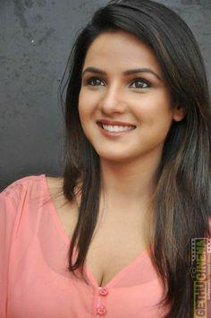 Beautiful woman Beautiful Girl Photo, Beautiful Girl Indian, Most Beautiful Indian Actress, Most Beautiful Faces, Beauty Full Girl, Cute Beauty, Beauty Women, Beautiful Bollywood Actress, Beautiful Actresses