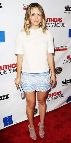 Kaley Cuoco Sweeting hit the Los Angeles premiere of Authors Anonymous in a summery Tory Burch ensemble that called for collared cream top and blue geometric-embroidered shorts, accessorizing with a Vince Camuto clutch and strappy blue-and-white Chelsea Paris sandals.