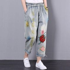 "Item Type:Women PantsMaterial: CottonSeason: Spring,Summer,AutumnStyle: CasualLength: Ankle-lengthWaist: NaturalPopular Elements:PocketsCombination: Single-PieceColor: GraySize M(Fit for EU cm/ ""Hip: cm/ ""Leg: cm/ ""Waist: 64 Girls Jeans, Mom Jeans, Hipster Jeans, Summer Denim, Spring Summer, Resort Dresses, Floral Denim, Embellished Jeans, Patched Jeans"