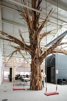 ZAmpone creates BBDO office inside century-old wine warehouse in Brussels Interior Work, Office Interior Design, Office Interiors, Atrium, Luxury Office, Chula, Tree Sculpture, Toulouse, Visual Merchandising