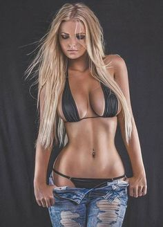 Danish lingerie/glamour model Zienna Eve. Hot Chicks Hot Abs jeans #sexyfitness