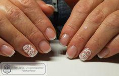 Gearbeitet mit folgenden Produkten von Graffdesign - shoppen auch ohne Gewerbeschein möglich :-) Acrylgel Make up  Acrylgel white Versigl Silber Diamond Painting weiss  Glitter weiss  #nailart #uvgel #nageldesign #naildesign #schönenägel #lovelynails #Graffdesign #nagelkunst #french Auf Facebook findet ihr uns unter https://www.facebook.com/groups/396036260595845/