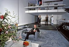 The designer Halston in his sunken living room in New York, photographed in Credit: Harry Benson. The 25 Rooms That Influence the Way We Design - The New York Times Walter Gropius, Studio 54, Harry Benson, Paul Rudolph, Most Stylish Men, Park Avenue, Decoration, Townhouse, New York City