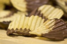 Chocolate-dipped Lays Potato Chips #Around the world with Lays#