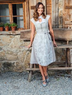 Dirndl und Trachten von Spieth&Wensky - Kollektion Frühjahr Sommer 2019 Spieth Und Wensky, Identity, Germany, Culture, Legs, Closet, Vintage, Design, Style