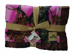 "$33.00-$33.00 Baby Babies love the outdoors too and when you combine Mossy Oak Break-Up Pink and Mossy Oak Break-Up Infinity with Pickles soft fleece, babies can enjoy the best of the outdoor world while in the comfort of their nursery or on the go. Officially licensed Mossy Oak print on a super-soft 30""x40""fleece blanket. Easy to care for, simply machine wash in cold water on the gentle cycle a ..."