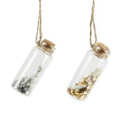 £2.00 Wish upon a star with this gorgeous fairy dust vial! Comes in silver or gold, one vial supplied.