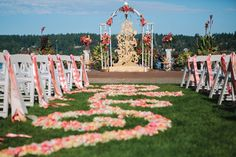 Peach, pink and coral rose petal aisle runner from Melanie Benson Floral | Seattle wedding photo by Lily K Photography