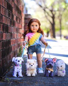 ellery happy saturday everyone! ellery happy saturday everyone! American Girl Doll Costumes, American Girl Doll Room, American Girl House, Custom American Girl Dolls, American Girl Doll Pictures, American Doll Clothes, Girl Doll Clothes, Barbie Clothes, Capri Leggings