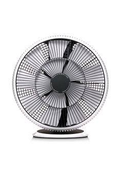 BALMUDA GreenFan Cirq   サーキュレーターを使うと、部屋の上下の温度差を解消します。天井付近の暑さ、足下の冷えが無くなり、快適になります。