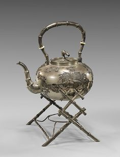 CHINESE EXPORT SILVER TEAPOT BY HUNG CHONG