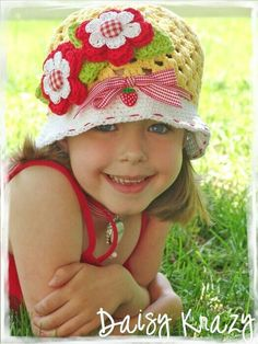 Daisy crazy crochet hat; this hat is so cute. I wish I had a girl to put it on!