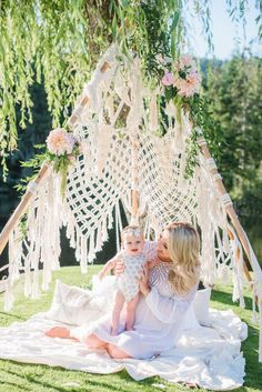 See how Jillian Harris is Celebrating Baby with this Gorg Garden Shower Adorable baby shower teepee: Photography : Blush Wedding Photography Read More on SMP: www.Jillian Harris has searched for love on the Bachelorette, whipped up gorgeous spaces as an I Jillian Harris Baby, Garden Shower, Baby Room Art, Foto Baby, Boho Baby Shower, Macrame Projects, Girl Decor, Baby Birthday, Bridal Showers