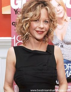 short curly hair - I would LOVE for my hair to do this!!!!