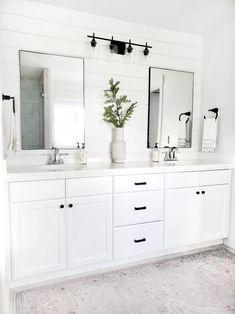 Master Bathroom Update with Pfister - White Lane Decor White Bathroom Decor, Bathroom Update, Master Bathroom Renovation, Bathroom Interior, Master Bathroom Update, Bathroom Renovations, White Bathroom, Bathroom Decor, White Master Bathroom