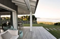 Waimarama Beach House - Sumich Chaplin Architects