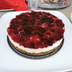 Cheesecakes & Tea parties #cheesecake #teaparty #tea #desserts #sweets #yummy #nomnom #food #foodie #foodporn #dubai #mydubai #dubaiphotos #kitchen #chef #baking #bakers #bakes by chahrazadscuisine