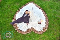 Image may contain: 2 people, grass and outdoor Wedding Couple Photos, Couple Shoot, Wedding Pics, Wedding Couples, Arab Wedding, Bridal Photography, Couple Photography, Photography Poses, Cute Muslim Couples