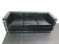Le Corbusier LC 2 Petit Comfort 3 Seater Sofa SSHT011A3