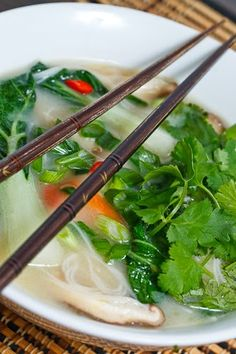 Thai Chicken Noodle Soup - look at all that cilantro! Maybe Angie would like THIS Chicken Noodle Soup! Thai Chicken Noodles, Slow Cooker Thai Chicken, Rice Noodles, Kelp Noodles, Chicken Soup, Asian Recipes, Healthy Recipes, Ethnic Recipes, Soup Recipes
