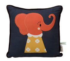 Kissen Elle Elephant, Orange, rot und weiß - Hintergrund blau von Ferm Living finden Sie bei Made In Design, Ihrem Online Shop für Designermöbel, Leuchten und Dekoration.