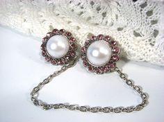 Sweater Clip Pearl and Pink Rhinestones Vintage by SpinTilYurDizzy, $18.00
