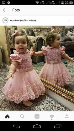 1 million+ Stunning Free Images to Use Anywhere Baby Girl Party Dresses, Birthday Dresses, Little Girl Dresses, Flower Girl Dresses, Gowns For Girls, Frocks For Girls, Girls Dresses, Fashion Kids, Baby Girl Fashion