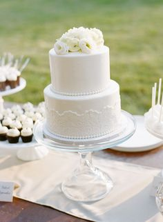 Twin Cities Wedding Cake with Fondant Lace and Pearls www.cocoaandfig.com