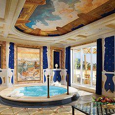 L'hôtel Westin Excelsior, à #Rome  http://selection.readersdigest.ca/voyage/destinations-de-voyage/les-10-hotels-les-plus-luxueux-du-monde?id=2