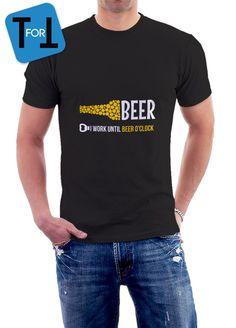 268eed096cbfbe Articles similaires à I Work UNTIL BEER O CLOCK T-shirt noir pour une bonne  bière entre amis Tshirt • 044 sur Etsy