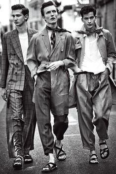 Fine and Dandy - – The Teddy Boys was a youth subculture in Britain – This is an inspired editorial. Source by claraheil - Teddy Boys, Mode Masculine, Estilo Dandy, Look Street Style, Look Man, Men Street, Mode Inspiration, Men Looks, Boy Fashion