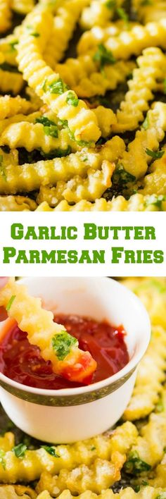 Garlic Butter Parmesan Fries are an insanely delicious way to have french fries. A few simple ingredients make all the difference with it comes to these french fries. Vegetable Side Dishes, Vegetable Recipes, Wedges Potato, Appetizer Recipes, Dinner Recipes, Appetizers, Junk Food, Parmesan Fries, Garlic Parmesan