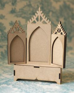 Lace Triptych & Stand from Paper Whimsy.  Oooh...lots of possibilities! @Gale Blair / PaperWhimsy