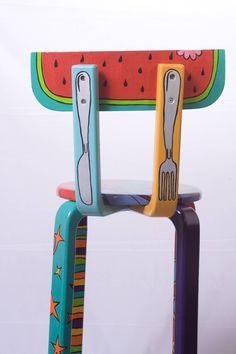 SILLA-MARIA JUANA BOTERO Personalizadas, cada silla es única, me inspiro en quien la compra PRECIO: U$ 500