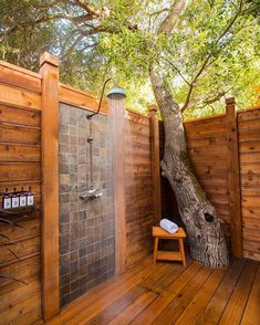 An outdoor bathroom can be a great addition to your backyard, whether you use after swimming in the pool, working in your garden or just to enjoy nature. home accents 47 Awesome outdoor bathrooms leaving you feeling refreshed