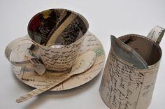 Un té ?   escultura de cartón