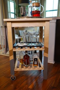 The IKEA Home Tour Squad helped food blogger Jane Ko create a mobile coffee/bar station with the BEKVÄM cart, which gives extra storage, utility and work space in your kitchen, dining room or living room! The Squad added a personal touch with a quick DIY by painting the legs of the cart.