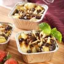 PUDING PANAS ROTI TAWAR  http://www.sajiansedap.com/recipe/detail/14020/puding-panas-roti-tawar#.U_w-o_mSzAY