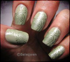 Nail Art by Belegwen: Vaaleaa ja vihreää