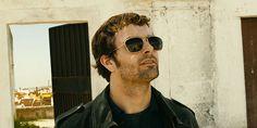 Imagine  blind guy in Lisbon