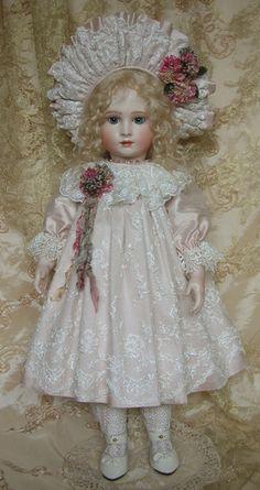 Halopeau 5 H - Emily Hart Dolls