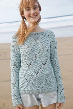 Rhombenmuster-Pullover in Blassem Türkis | Rebecca Shop Schöner Sommer-Pullover aus reiner Baumwolle: der locker gestrickte Pullover mit einem kunstvollen Rhombenmuster wird 2-fädig gestrickt. Für das Muster gibt es ein übersichtliches Schema in der Strickanleitung. Der Rhombenmuster-Pullover wird mit dem ggh-Garn COTTONEA (100% organische Baumwolle) gestrickt.