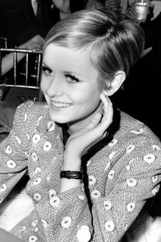 TWIGGY – The model's side-parted crop was a key part of her much-lauded Sixties look.
