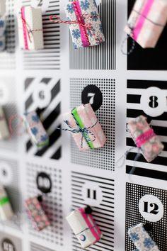 Kleine bunte Päckchen an unserem #DIY #Adventskalender. Danke #creatistoblogger Wiener Wohnsinn! Ramadan, Diy Design, Diy Advent Calendar, Interior, Blog, Cards, Simple Diy, Bricolage, Advent Calenders