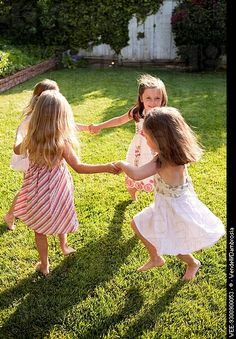 "little girls and ""Ring around the Rosy"" Ages 2-99 PHG3.1: Demonstrate development of fine and gross motor coordination CA1.1: Demonstrate creative music expression"