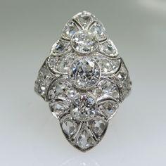 Period: Edwardian (1901-1920) Composition: Platinum Stones: - 1 Old mine cut…